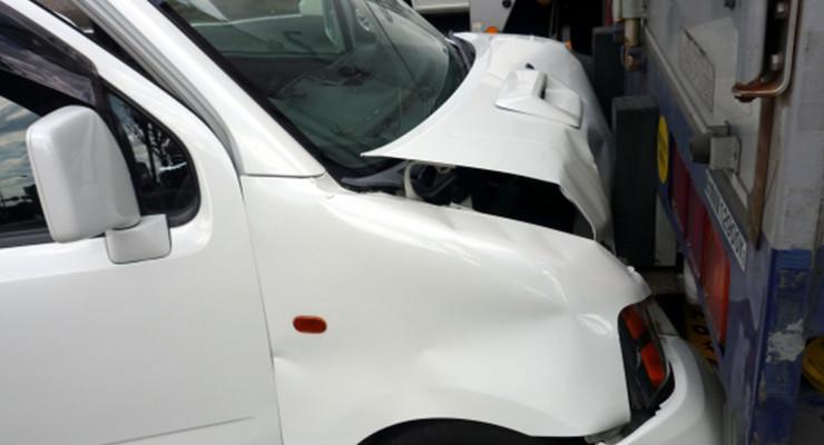 交通事故に遭った時の正しい対応