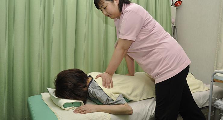 はしぐち整骨院は女性の方も安心して治療を受けることが可能です。